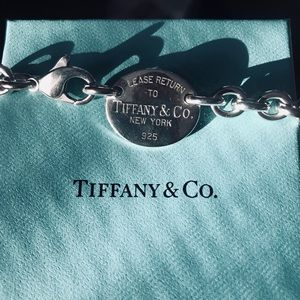 Authentic Tiffany & Co Sterling Silver Oval Tag